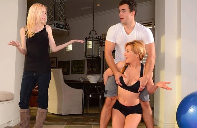 Украинский порно актер любит невесту и ее мамашку