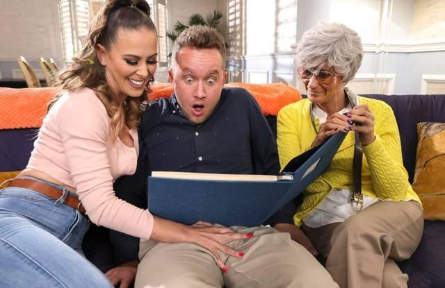 Теща и бабушка показали зятю семейный порно альбом
